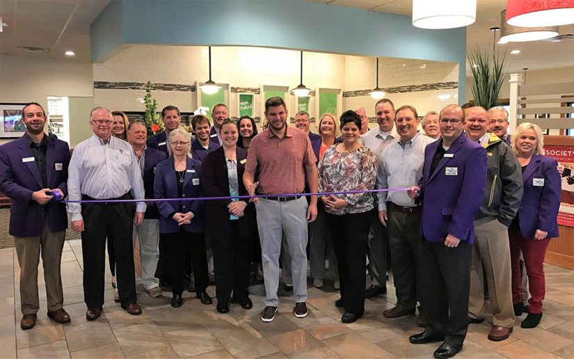 Perkins Celebrates Grand Opening in Lockard's Hammond Plaza